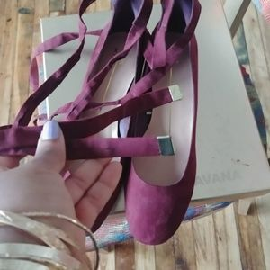Xoxo wine/ burgundy color lace up shoes size 10